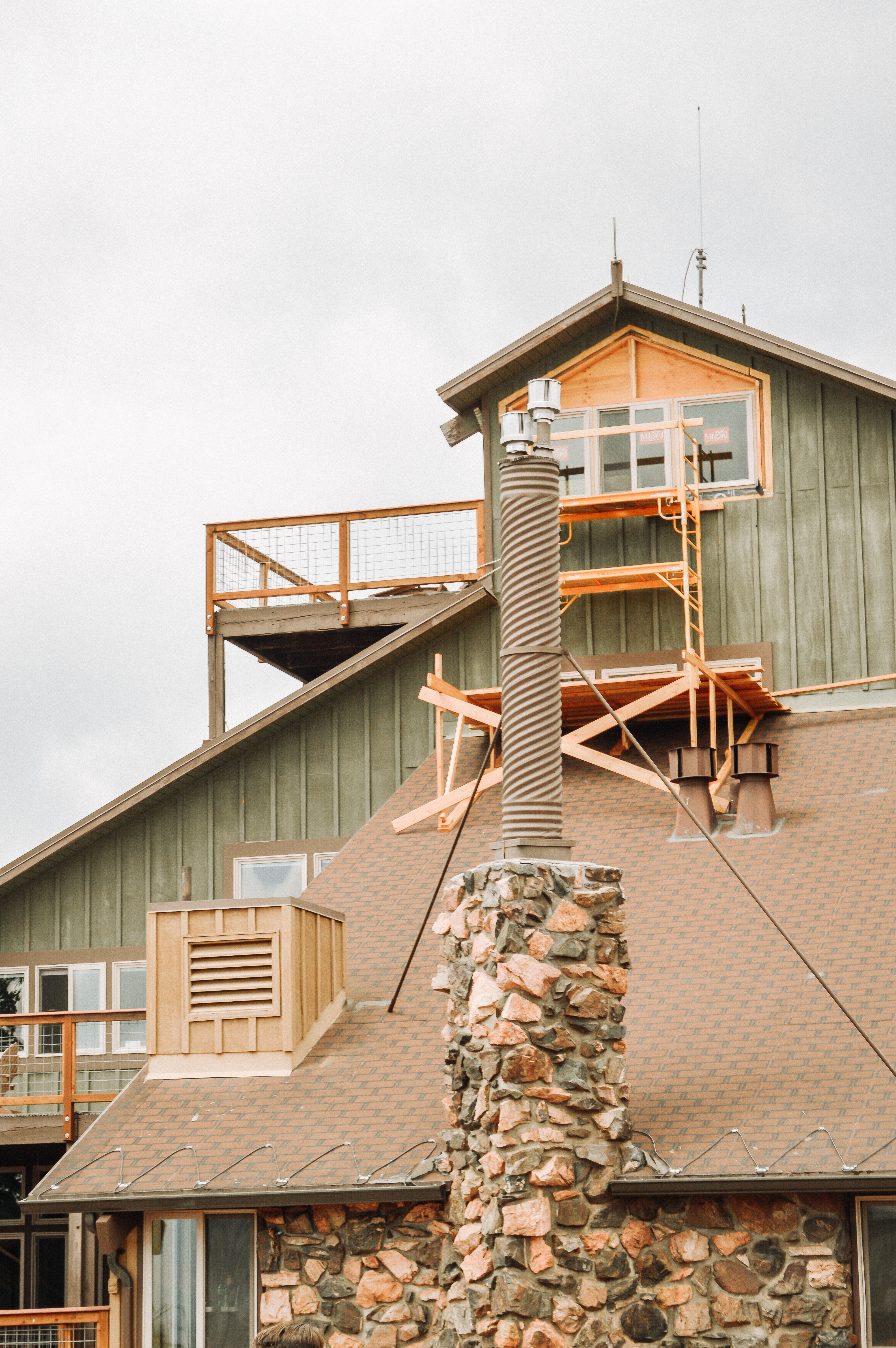 The Best Things to Do in Keystone CO  featured by popular Denver travel blogger, All Things Lovely